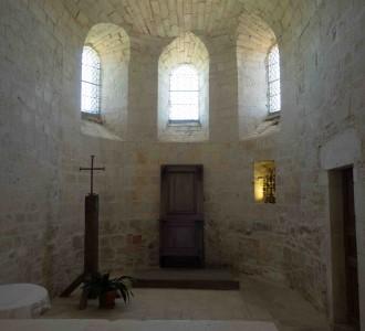 intérieur de l'église de Calès